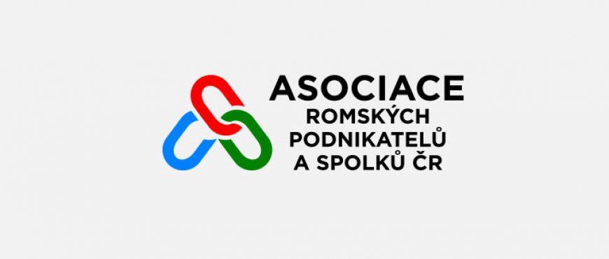 Ministryně Maláčová chce vodit naše děti do škol